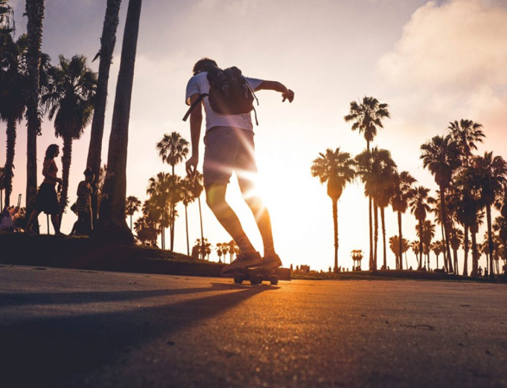 How to Longboard: The Ultimate Beginner's Guide