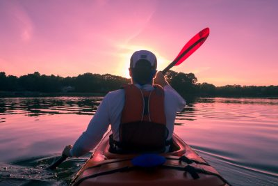 learn how to paddle a kayak