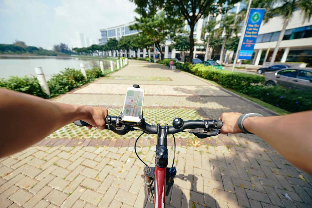 smartphone cycling gps