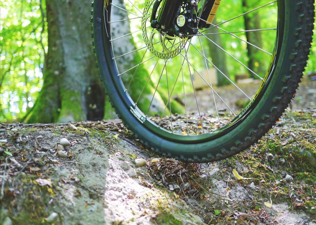 mountain bicycle wheel for riding