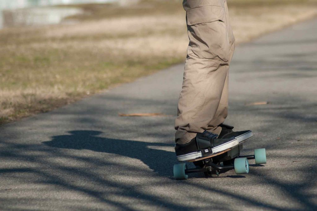 cheap electric powered skateboard