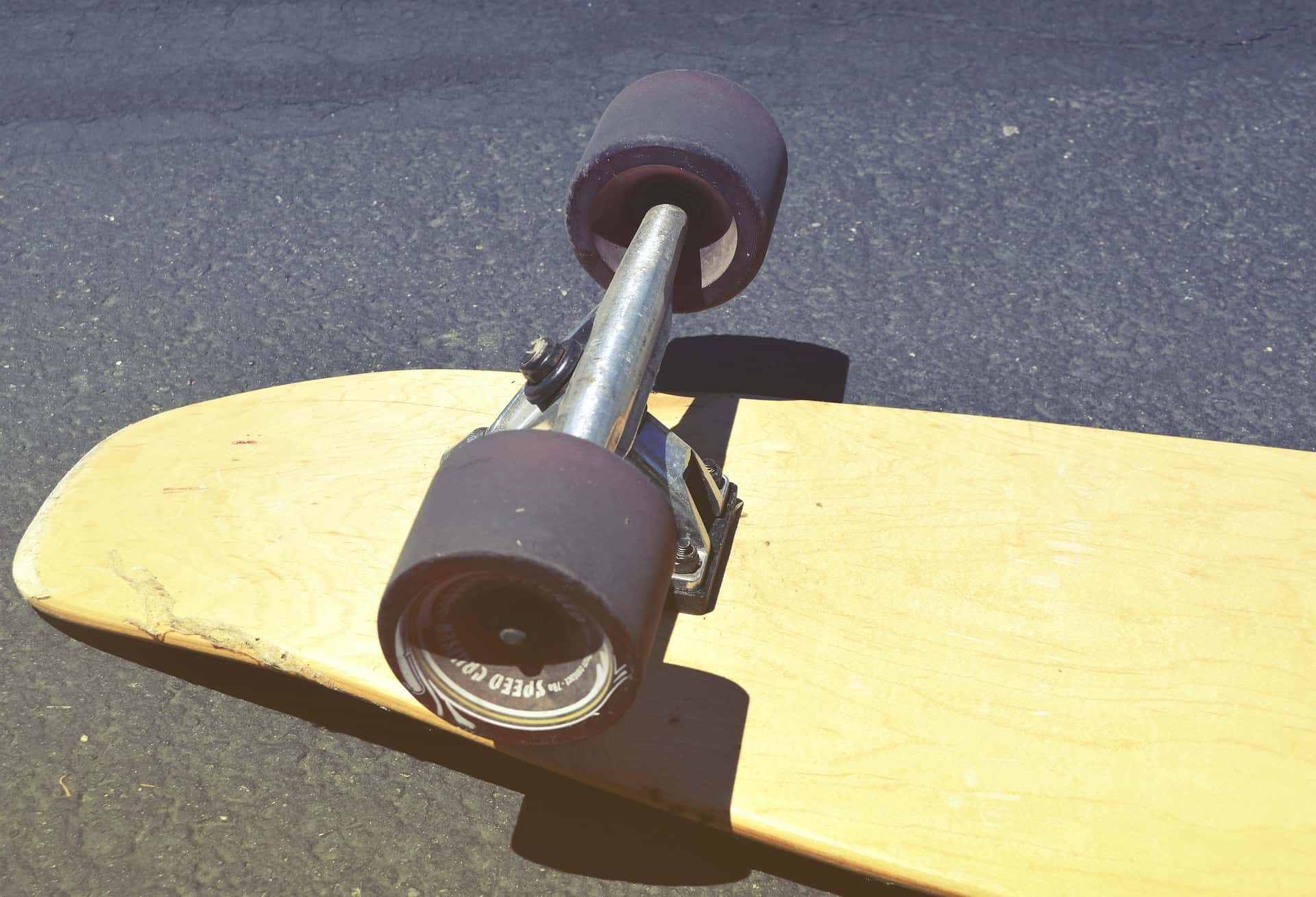 when to replace skateboard wheels